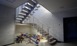 Модульная лестница А260, ступени дуб (Red Oak)